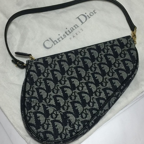 Dior Handbags - Dior Monogram trotter mini saddle bag f74ef946557b6